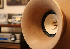 RDacoustic – český výrobce high end hifi audia. Home Audio Speakers, Horn Speakers, Speaker Design, Studio Setup, Pure Products, Evolution, Workshop, Mini, Vintage