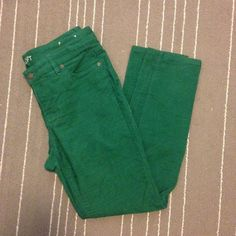 Loft modern skinny green corduroy jeans Super soft forest green corduroys from Loft. These are skinny jeans that slide perfectly into a pair of boots. In perfect condition. All pants in my closet are BOGO half off! LOFT Jeans Skinny