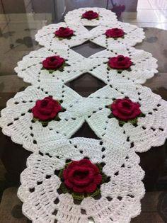 trilhos de mesa em croche com flores | lindo-caminho-de-mesa-em-croche-com-flores-18892-MLB20162048874_092014 ...