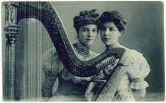 Original postcard c.1910, Imperial Russia - Olga Gzovskaya (actress of Moscow Art Theatre) and harpist Ksenia Erdeli (aunt of Olga Erdeli).