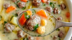 csodas-husgomboc-leves-kaprazatos-finomsag-amivel-egyszeruen-nem-lehet-betelni