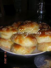 TATLILAR GÜLCANDAN: Patatesli sünger poğaça Tasty Bread Recipe, Turkish Kitchen, Savory Pastry, Diva Nails, Tea Time Snacks, Turkish Delight, Cupcakes, Turkish Recipes, Fun Cooking