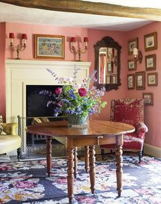 i love the walls, the color...