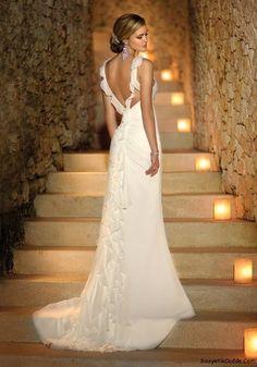 Column-type wedding dress model
