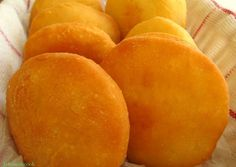 Mmmmm...simply bake, enjoy them with saltfish and eggs for breakfast. Guyanese Recipes, Jamaican Recipes, Indian Food Recipes, Gourmet Recipes, Baking Recipes, Bread Recipes, Vegan Recipes, Johnny Cakes Recipe, Trinidad Recipes