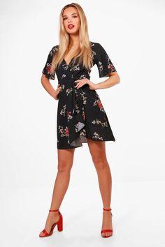 0f083b135c5 Daisy Floral Print Ruffle Tea Dress | Boohoo | @giftryapp Boohoo, Daisy,  Cold