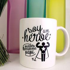 Imagen taza-decorada-para-el-dia-del-padre-superheroe del artículo Manualidades originales para el día del padre con Pinterest Mug Papa, Ideas Para Fiestas, House Party, Christmas Cookies, Fathers Day, Mugs, Tableware, Gifts, Diy
