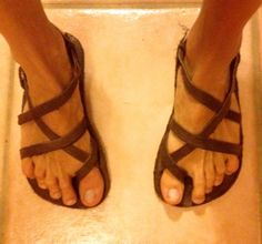Home-made minimal sandal making tutorial.
