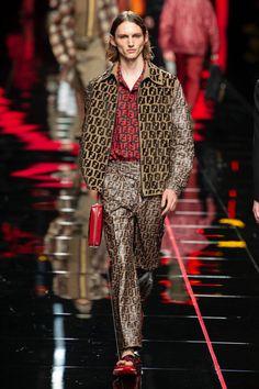Fendi  #VogueRussia #menswear #springsummer2019 #Fendi #VogueCollections