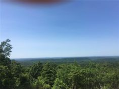 Easy build lot with BIG view.   Wooded lot in the Mountain Oak Subdivision.  Convenient to Jasper, restaurants and shopping.  No restrictions for building.