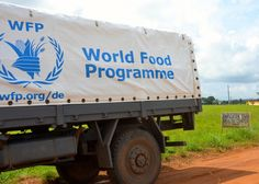 In late June, several new Ebola cases were discovered in Liberia, nearly two months after Liberia was declared Ebola-free. WFP mobilized its response immediately, dispatching food to the affected areas within 24 hours to support community efforts to self-contain and prevent further spread of the virus. (21 July 2015, Photo: WFP/Rachael Wilson)