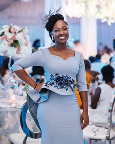 from - Wedding guests are the sparks of most events. Powered by Pls tag… from - Wedding guests are the sparks of most events. Powered by Pls tag… Latest African Fashion Dresses, African Print Fashion, Women's Fashion Dresses, African Wear, African Dress, English Dress, Office Fashion Women, Gowns Of Elegance, Elegant Outfit