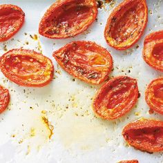 Tomates confites Plum Tomatoes, Cherry Tomatoes, How To Dry Oregano, How To Dry Basil, Buffet Party, Ricardo Recipe, Cozy Meals, Diabetic Friendly, Drying Herbs