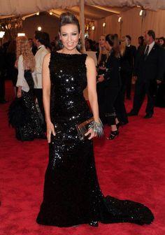 Thalia in gala MET 2013 NY