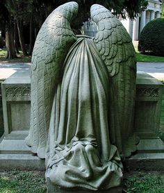 ☫ Angelic ☫ winged cemetery angels and zen statuary - Cemetery Angels, Cemetery Statues, Cemetery Art, Angel Statues, Cemetery Monuments, Angels Among Us, Angels And Demons, Angel Sculpture, Sculpture Art