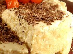 Torta de Chocolate Branco com Maracujá