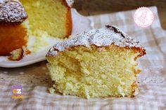 La torta al latte soffice senza uova burro e olio è una ricetta semplicissima e iper veloce perfetta per la colazione o la merenda di tutta la famiglia.