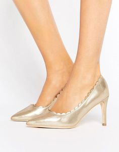 London Rebel Metallic Scallop Detail Court Shoe - Gold