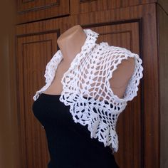 Wedding White Shrug Bolero ,Crochet Lace Bridal Shrug Bolero,Sleeveless,Size S/M,READY TO SHIP