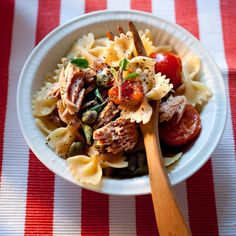 Découvrez la recette Farfalle de Capri sur cuisineactuelle.fr.