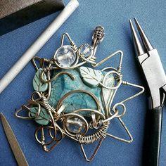 Pendant variscite . #variscite #pendants #wirewrap #wrapping #workshop #crafts_ua #crafts #blue #instajewelry #insta #прикраси #кулон #зірка #дротарство #плетіння #wiregalaxy #star #jewerlystar