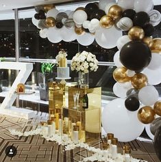 Pin by shaunie lo on birthday ideas in 2019 40th Birthday Parties, 50th Birthday Party, Birthday Party Decorations, Birthday Ideas, Balloon Garland, Balloon Decorations, Balloon Ideas, Balloon Arch, White Balloons