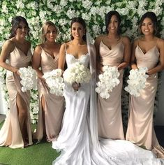 Bohemian Bridesmaid, Champagne Bridesmaid Dresses, Simple Bridesmaid Dresses, Bridesmaid Dresses Online, Wedding Bridesmaids, Wedding Gowns, Bridal Dresses, Dresses Dresses, Wedding Ceremony