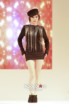 Brown Eyed Girls Gain Leather and Chains at Crocs F/W Fashion Show