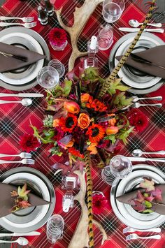 rustic-chic-thanksgiving-table-decor
