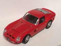 Burago 1:18 ferrari 250 gto #(1962) red diecast #model car - diamond #series,  View more on the LINK: http://www.zeppy.io/product/gb/2/162377194131/