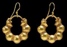 A PAIR OF EAST GREEK or ANATOLIAN GOLD HOOP EARRINGS  CLASSICAL PERIOD, CIRCA 5TH CENTURY B.C.