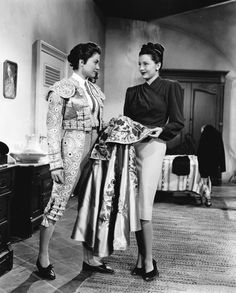 Cyd Charisse and Esther Williams (1947)