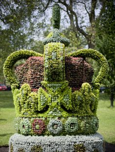 In honour of Queen Elizabeth II's Diamond Jubilee The Royal Parks, London today installed a four metre tall floral crown in St. James's Park. It took five weeks to construct and weighs approximately five tonnes, sparkles with the brilliant blooms of 13,500 plants in the colours of the precious stones in the crown the Queen wore on her coronation day.