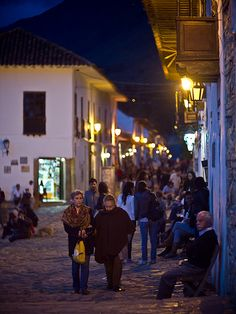 Villa de Leyva, Colombia Largest Countries, Countries Of The World, Cities, Colombia South America, Spanish Speaking Countries, Leaving Home, Built Environment, How To Speak Spanish, Culture Travel