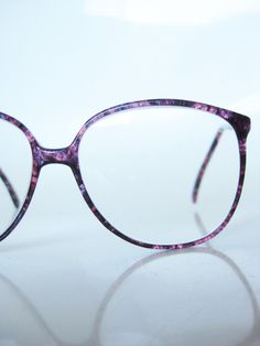 9605e95a2d906a Vintage 1970s Oversized Eyeglasses Mottled Purple Plum Lilac Sunglasses  Wayfarer Huge Lines 70s Tortoiseshell Indie Hipster Chic Geek