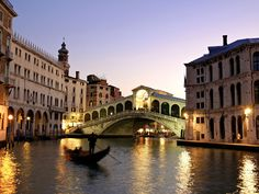 Travel wish list: See the Rialto Bridge spanning the Grand Canal in Venice Italy, while riding a gondola. Vacation Destinations, Dream Vacations, Vacation Spots, Romantic Destinations, Vacation Packages, Romantic Vacations, Romantic Getaways, Vacation Rentals, Romantic Travel
