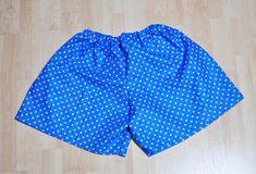 【画像付き】お揃いで作ろう!型紙なし簡単ゴムパンツの作り方   nanapi [ナナピ] Love Sewing, Patterned Shorts, Trunks, Children, Swimwear, Baby, Women, Chart, Disney