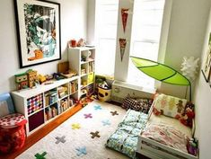 Find out about getting the right timing to switch from toddler crib and more DIY toddler bed ideas which suits your needs. Diy Toddler Bed, Toddler Rooms, Big Girl Rooms, Boy Room, Toddler Platform Bed, Kids Bedroom, Bedroom Decor, Princess Canopy Bed, Montessori Room