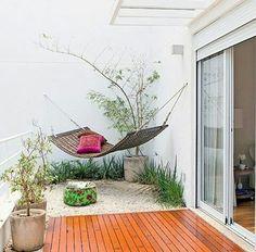 Inspiração ♡ #interiores #design #interiordesign #decor #decoração #decorlovers #archilovers #inspiration #ideias #áreaexterna #exterior #outdoor #quintal #simonemantovani