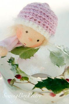 Waldorf inspiriert Puppe  kleines BabyDoll  von SewingBoxPoetry, $40.00