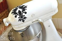 mixer makeover (another silhouette vinyl project) by debbie