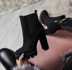 Trendy High Heels For Ladies : Black Stylish Boots Chunky High Heels, Black High Heels, High Heel Boots, Bootie Boots, Shoe Boots, Ankle Boots, Women's Shoes, Black Heel Boots, Fall Shoes