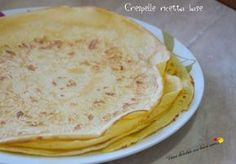 Crespelle ricetta base Just Cooking, Healthy Cooking, Crepes, Crespelle Recipe, Christmas Lunch, Finger Foods, Food And Drink, Favorite Recipes, Breakfast