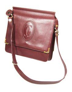 CARTIER elegant shoulder bag with purse and glasses case.  Leather burgundy. Corners gold metal bezels. Cartier Prägelogi. - Price: 270 EUR