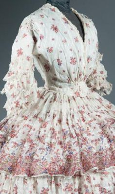 Thierry de Maigret French (Alsace) white and red sheer a la disposition silk day dress, circa