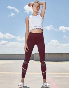 71dbf478f374a LILYBOD Gemma Burnt Red Look Casual Chic, Casual Looks, Running Outfits,  Burns,