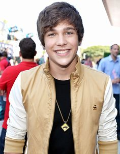 Austin Mahone: 5 Things You Don't Know About the VMA Nominee - Us Weekly