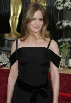 Jennifer Jason Leigh Picture 1 - The Annual Academy Awards - Red Carpet Arrivals Atypical, Jason Lee, She Walks In Beauty, Celebs, Celebrities, Celebrity Pictures, Gorgeous Women, Sci Fi, Hollywood