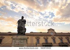 statue of roman poet ovidio to Sulmona Photos For Sale, Stock Photos, Free Stock Video, Statue Of Liberty, Cities, Travel, Statue Of Liberty Facts, Viajes