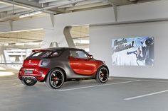 Automóvil con proyector
